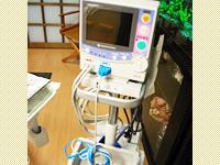 モニター血圧や体の中の酸素の状態を確認